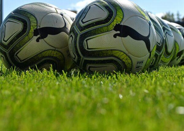 FAČR ukončil amatérům sezonu, Slovan opět ruší i Turnaj čtyř Záblatí